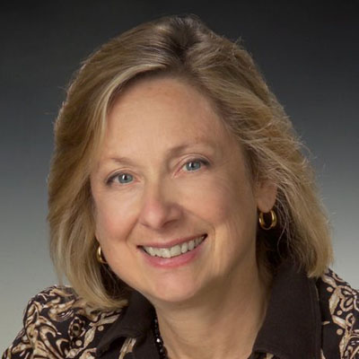 Joanne Braun Headshot-400